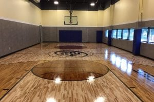24-Hour Fitness basketball court
